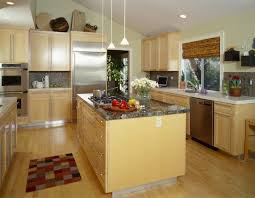 kitchen color ideas with light wood cabinets 52 enticing kitchens with light and honey wood floors pictures