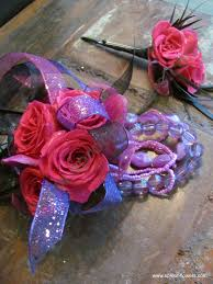 Prom Wrist Corsage The 25 Best Wrist Corsage For Prom Ideas On Pinterest Corsage