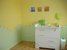 chambre b b vert chambre bebe jaune et vert waaqeffannaa org design d intérieur