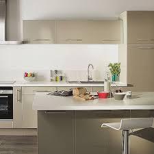 deco cuisine taupe couleur taupe salle a manger pour idees de deco de cuisine fraîche