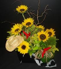 Western Style Centerpieces by 121 Best Western Saloon Theme Images On Pinterest Parties