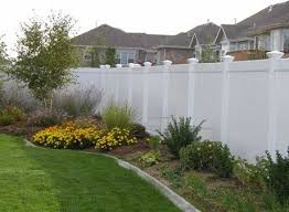 Fence Landscaping Ideas Tall White Fence I Would Love This All The Way Around A Huge