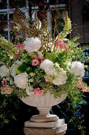 innovative large wedding flower arrangements 1000 ideas about