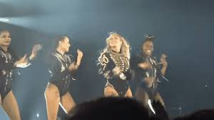 Beyonce Concert Meme - beyoncé arranged a flawless onstage proposal for one of her backup