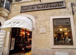 si e de l unesco caffè greco addio chiude lo storico bar centro appello a raggi