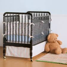 Jenny Lind Crib Mattress Size by Da Vinci Jenny Lind Crib In Ebony Mdb M0391e At Homelement Com