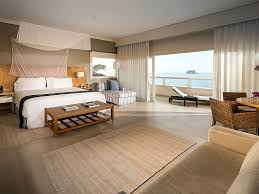 King Size Bed Hotel