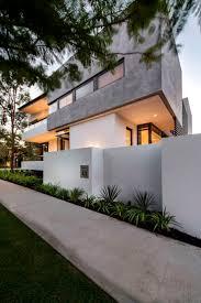 Home Exterior Design Upload Photo by 12 Best Darren U0026 Wendy Images On Pinterest Porcelain Tiles