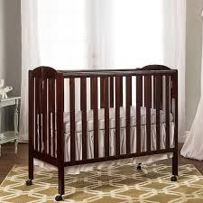 on me 3 in 1 folding portable crib