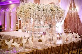 Great Gatsby Centerpiece Ideas by Great Gatsby Extravagant Tall White Hanging Flower Centerpiece