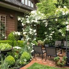 small frontyard patio and garden decoration ideas interior