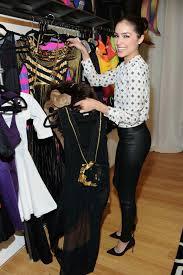 olivia culpo shopping for halloween costume 05 gotceleb