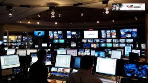 siege social tf1 visite guidée du studio et de la régie du journal télévisé de tf1