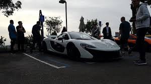 koenigsegg mclaren mclaren takes over a car meet but a record breaking koenigsegg
