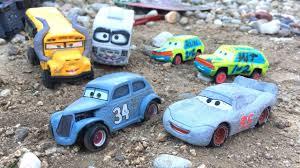 disney cars 3 toys lightning mcqueen junior moon save river scott