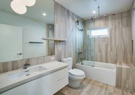 Vinyl Plank Flooring In Bathroom Did You Use Luxury Vinyl Plank Flooring For The Actual Tub Surround