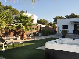 modern bungalow with heated pool 50m from the sea jacuzzi cala