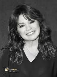 how to get valerie bertinelli current hairstyle exclusive photo valerie bertinelli is cooking with new book