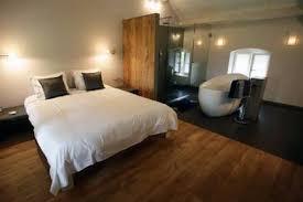 schlafzimmer mit bad badewanne im schlafzimmer wohnideen einrichten