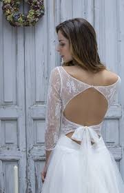 robe de mariã e chic robe de mariã e dentelle dos nu idée de mariage à essayer