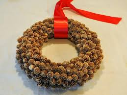 how to make a pinecone wreath hgtv