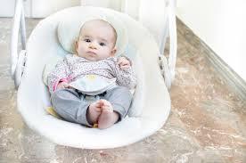 siège sauteur bébé balancelle bébé comment bien choisir caractéristiques sécurité