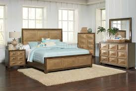 Honey Oak Bedroom Set Traditional Bedroom Sets And Classic Traditional Bedroom Furniture