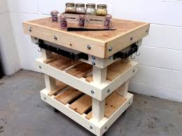 butcher block pallet kitchen island 45 pallets 99 pallets