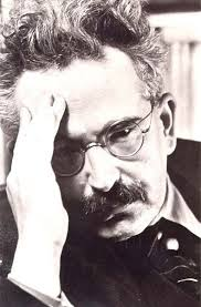 Walter Benjamin, colaborador de la Escuela de Frankfurt