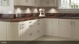 kitchen ivory shaker cabinets hanssem shaker cabinets ice white