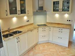 plan de travail cuisine granit plan de cuisine en granit plan de travail cuisine en granit plan