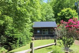 Cottages In Boone Nc by Boone Nc Log Cabins 100 000 149 999 Boonerealestate Com