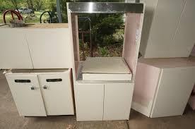 white metal kitchen cabinets vintage ge pink white metal kitchen cabinets chupps