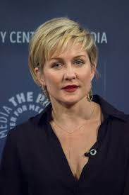 hairstyle of amy carlson amy carlson 照片图像