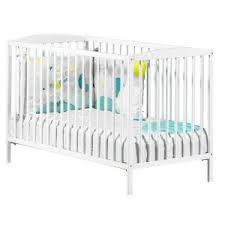 chambre bébé laqué blanc lit bébé basic laqué blanc 60 x 120 cm le coin des petits