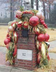 Very Large Outdoor Christmas Decorations by 16 Best Neighborhood Entrance Christmas Ideas Images On Pinterest