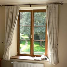 Triple Window Curtains Window Treatments For Bay Windows To Consider