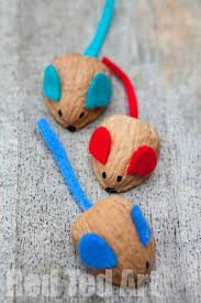 kids get crafty walnut mouse racing red ted art u0027s blog