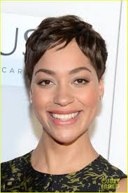julianna margulies new hair cut julianna margulies new hair cut 135 best good wife images on