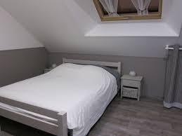 deco chambre gris et blanc emejing peinture chambre gris et blanc ideas amazing house design