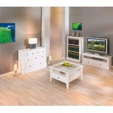 Wohnzimmer Einrichten Landhausstil Schlafzimmer Landhaus Spritzig Auf Wohnzimmer Ideen Oder Richten