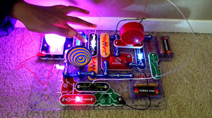 snap circuits lights electronics discovery kit snap circuits light model scl 175 review youtube