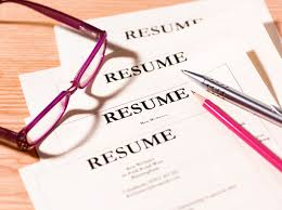read write think resume how to write an effective resume pile of resumes with glasses and pen