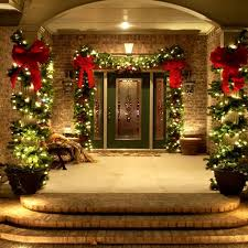 Outdoor Christmas Decor Walmart by Best 25 Christmas Porch Ideas On Pinterest Christmas Porch