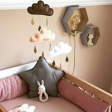 deco pour chambre bébé chambre bébé beige idée déco pour une pièce aux tons très doux