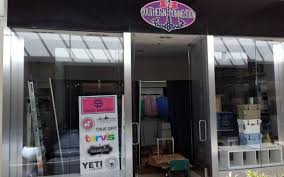 new boutique southern connection opens in southpark mall