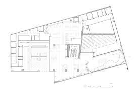 bookstore design floor plan 542caea2c07a809a0e0003cc saraiva bookstore studio arthur