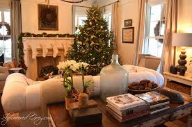 christmas decoration living room with tree warm and modern light