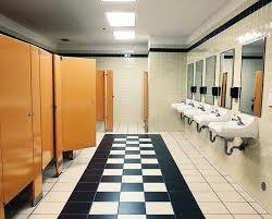 bathroom etiquette workplace bathroom design 2017 2018
