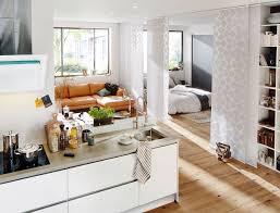 Schlafzimmer Deko Licht So Viel Platz Bietet Eine Einzimmerwohnung Wohnen